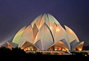 india 15 Tempio del Loto