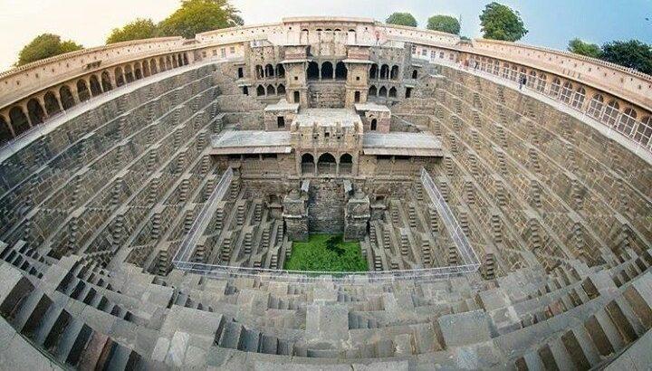 india 8 Chand Bahori