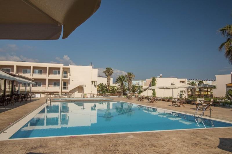VERACLUB DELFINA BEACH - CRETA piscina