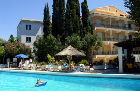 ipsos beach hotel corfù