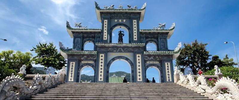 VIETNAM DA NANG TEMPIO